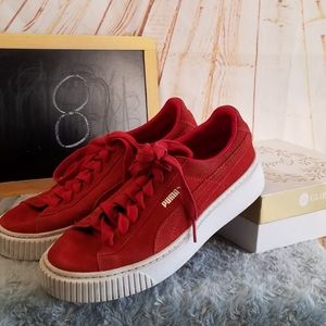 Red Pumas Size 8